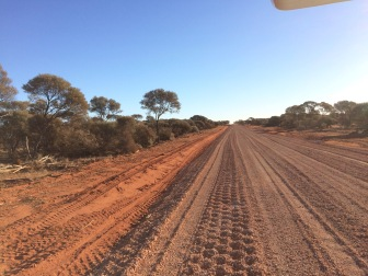 Dirt road to the station